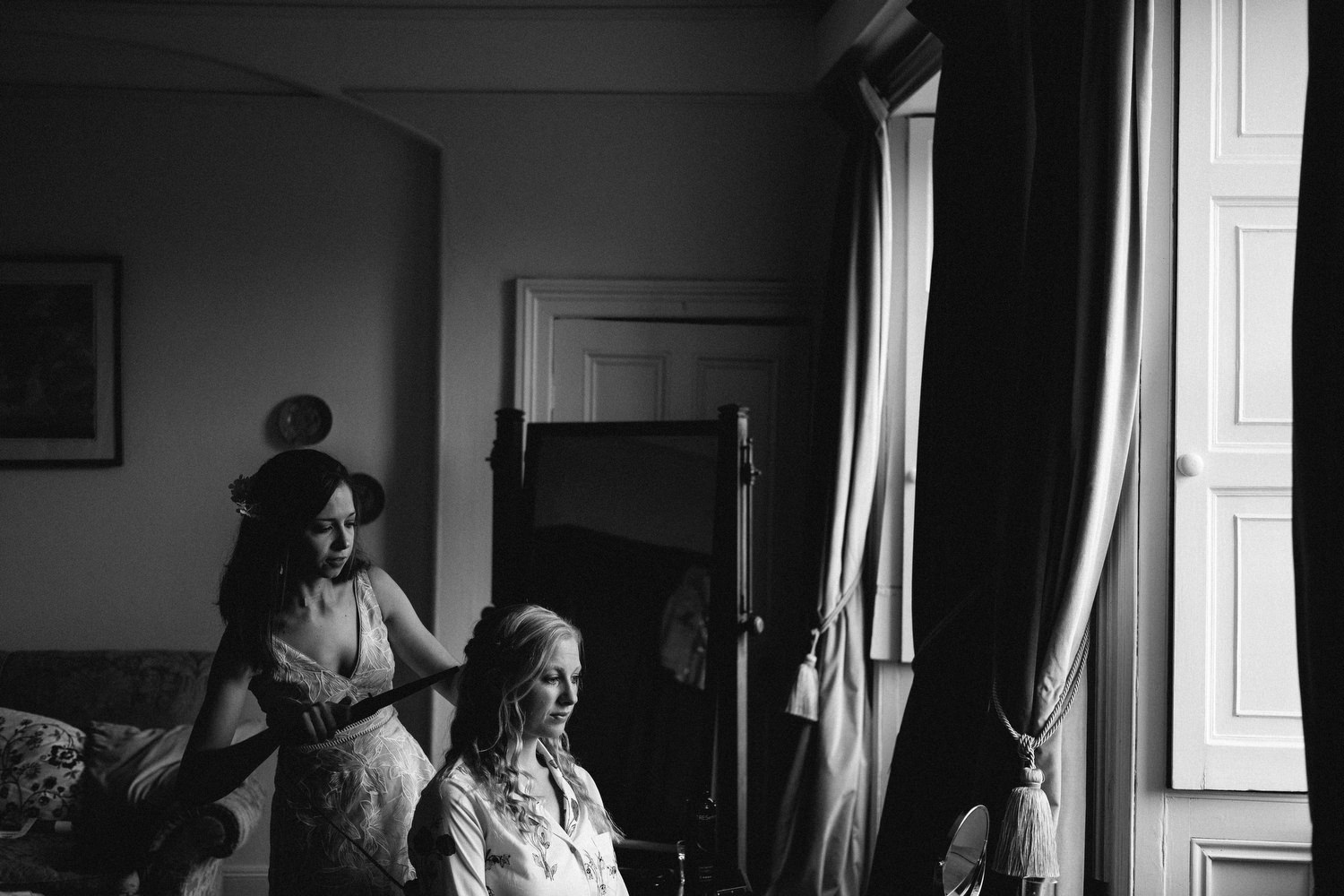 wedding morning preparation photography