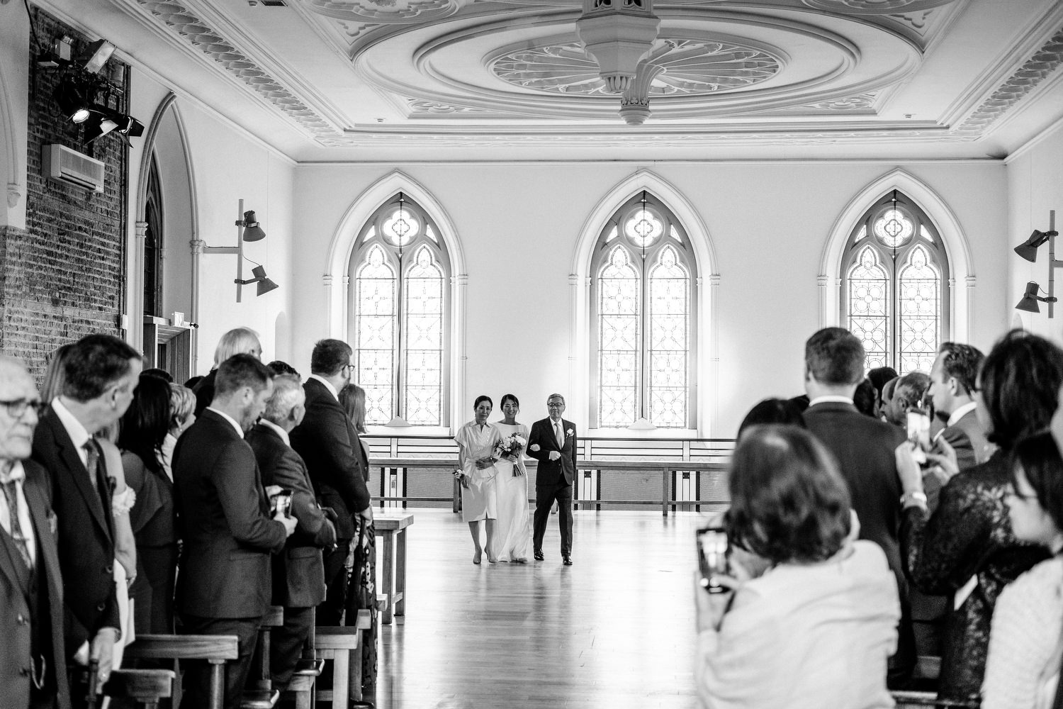 dmp0205_dublin_alley_photography_david_mcclelland_ceremony_humanist_documentary_theatre_smock_wedding_photographer