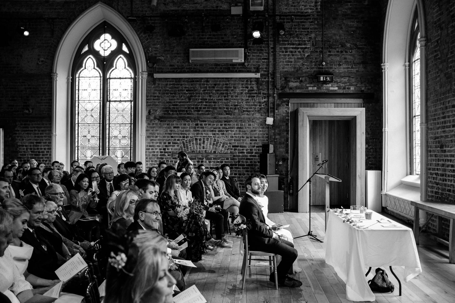 dmp0235_dublin_alley_photography_david_mcclelland_ceremony_humanist_documentary_theatre_smock_wedding_photographer