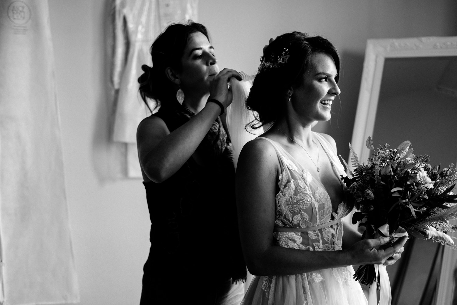 dmp0288_gay_brides_samesex_weddingdress_laois_ireland_preparation_wedding