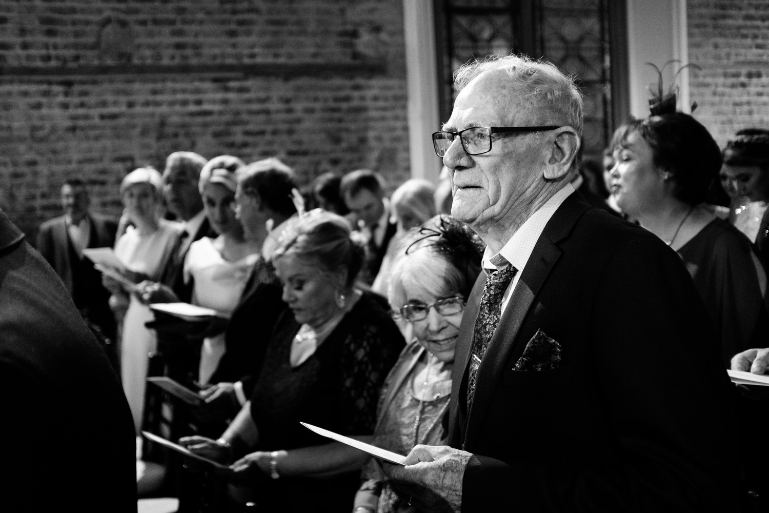 dmp0298_dublin_alley_photography_david_mcclelland_ceremony_humanist_documentary_theatre_smock_wedding_photographer