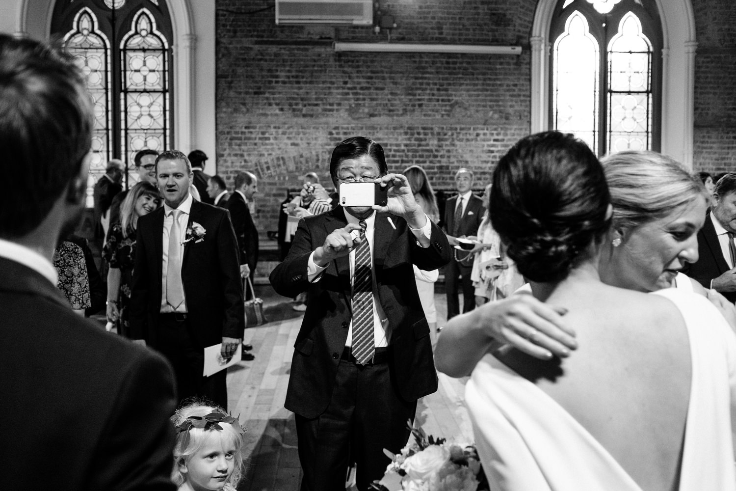 dmp0316_dublin_alley_photography_david_mcclelland_ceremony_humanist_documentary_theatre_smock_wedding_photographer