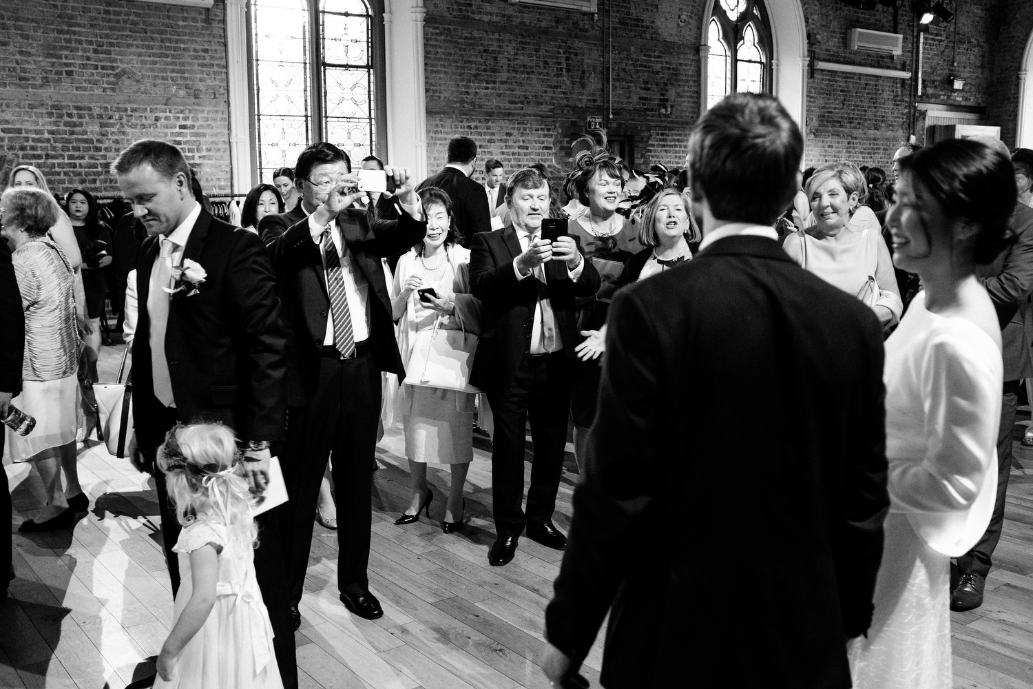 dmp0319_dublin_alley_photography_david_mcclelland_ceremony_humanist_documentary_theatre_smock_wedding_photographer