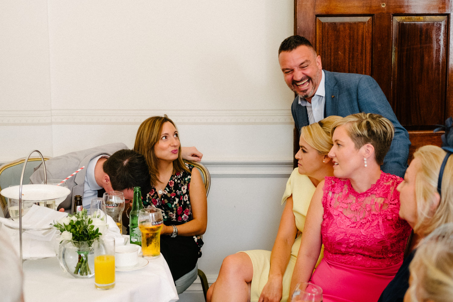 dmp0442_photographer_wedding_dublin_david_mcclelland_candid_photography_fujifilm_shelbourne_reception_documentary
