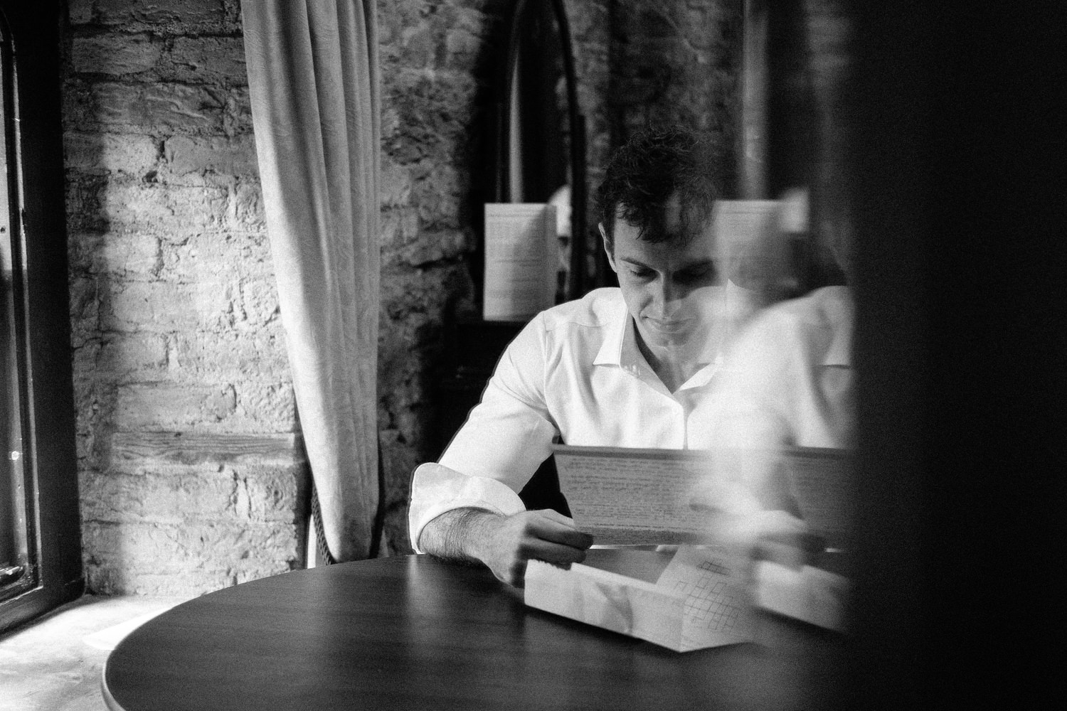 000000000000000000000020_preparation_letter_photography_david_mcclelland_ireland_crossword_shaving_castle_kinnity_wedding_groom_photographer_fujifilm