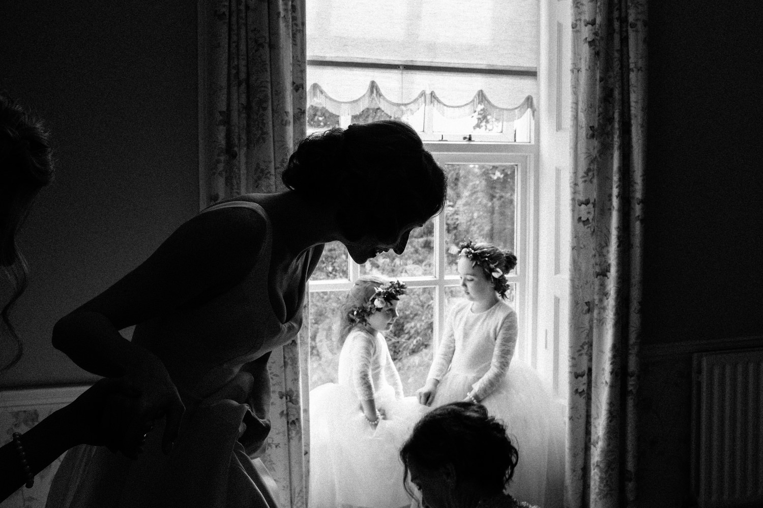 000000000000000000000078_bride_style_preparation_vintage_Hair_dress_photography_david_mcclelland_ireland_makeup_castle_hollywood_kinnity_wedding_photographer_fujifilm