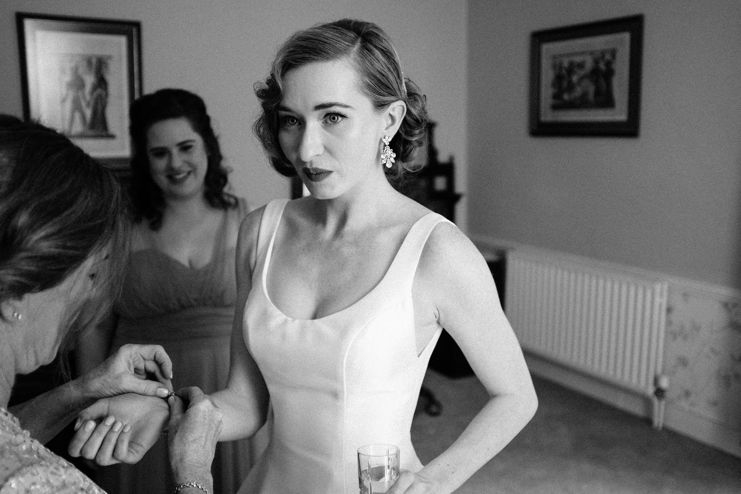 000000000000000000000083_bride_style_preparation_vintage_Hair_dress_photography_david_mcclelland_ireland_makeup_castle_hollywood_kinnity_wedding_photographer_fujifilm