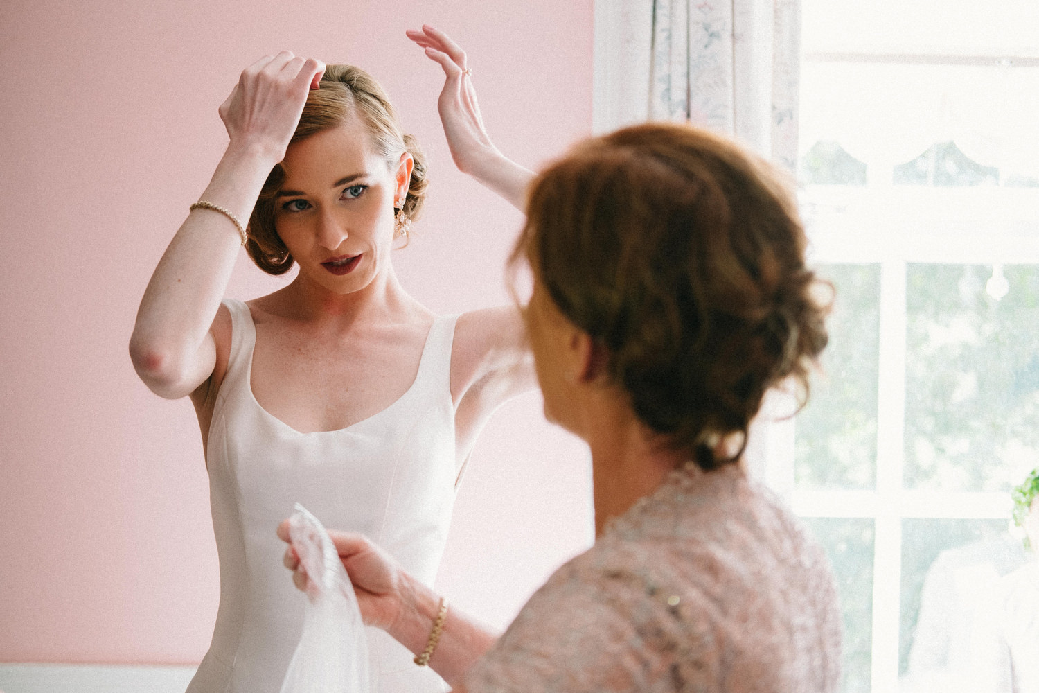 000000000000000000000085_bride_style_preparation_vintage_Hair_dress_photography_david_mcclelland_ireland_makeup_castle_hollywood_kinnity_wedding_photographer_fujifilm