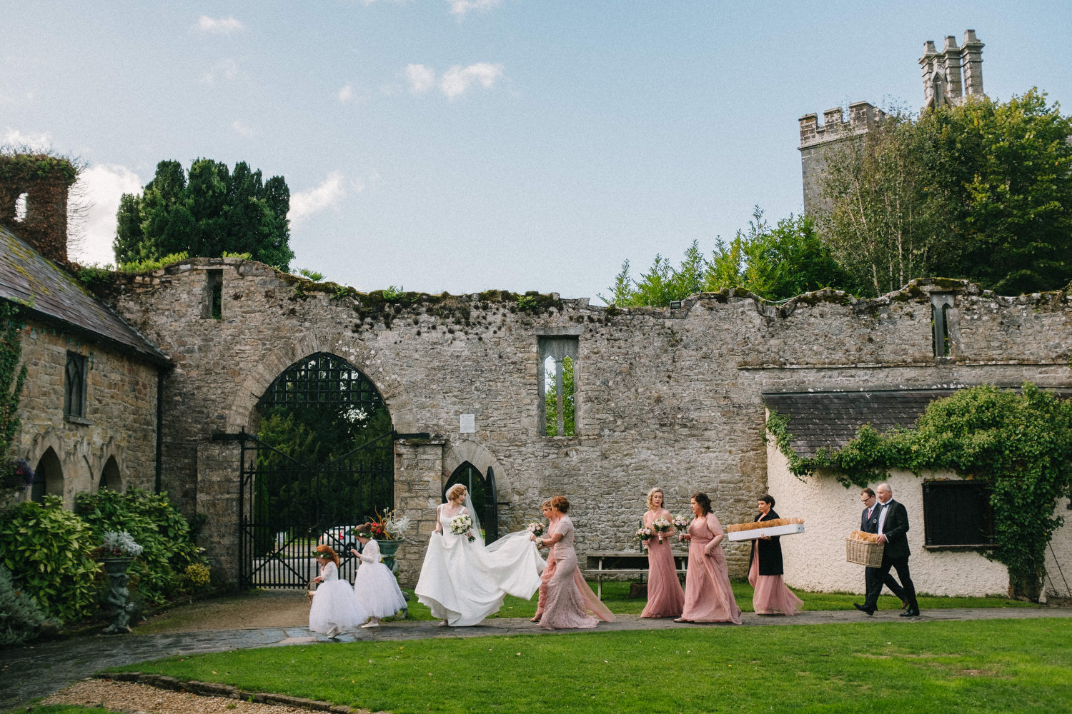000000000000000000000103_bride_style_vintage_photography_david_mcclelland_ireland_castle_hollywood_kinnity_wedding_photographer_fujifilm