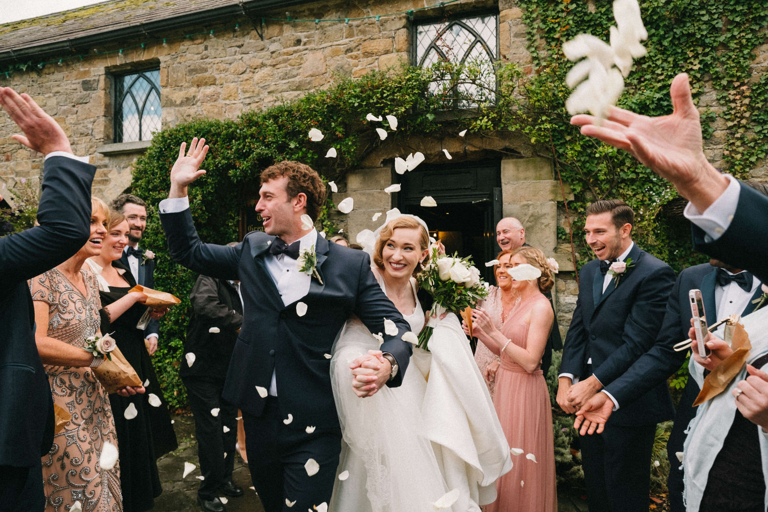 000000000000000000000128_bride_style_vintage_photography_david_mcclelland_ireland_castle_hollywood_petals_confetti_kinnity_wedding_photographer_fujifilm