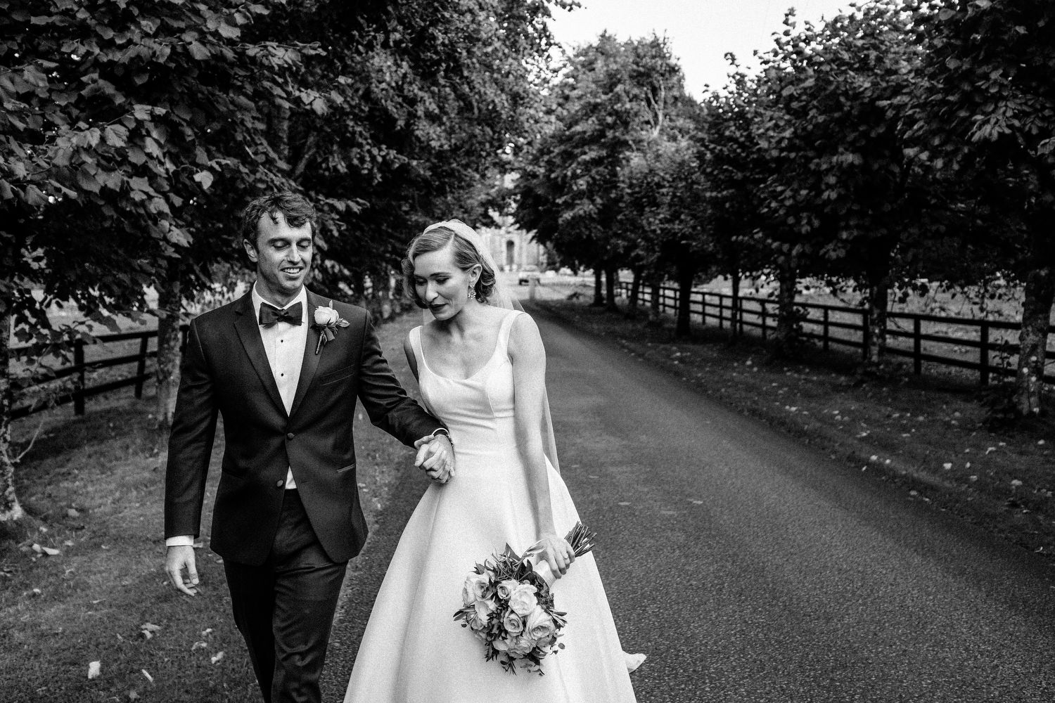 000000000000000000000151_bride_style_vintage_photography_david_mcclelland_ireland_castle_hollywood_kinnity_wedding_photographer_fujifilm