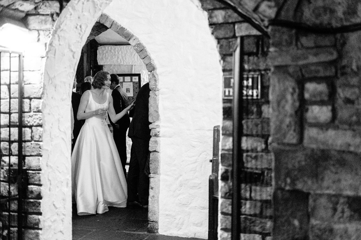 000000000000000000000194_bride_style_vintage_photography_david_mcclelland_ireland_castle_hollywood_kinnity_wedding_photographer_fujifilm